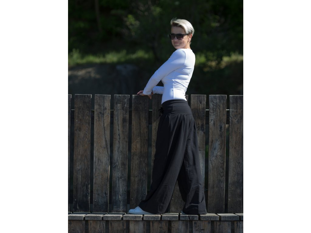 cerne kalhoty 3