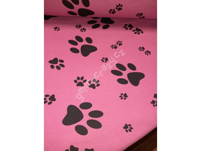 Tlapy na růžovofialové