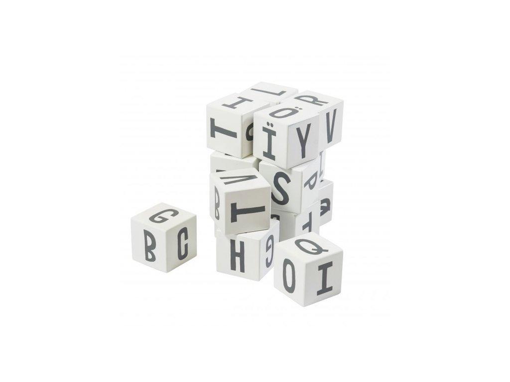 kostky dřevěné s písmenky