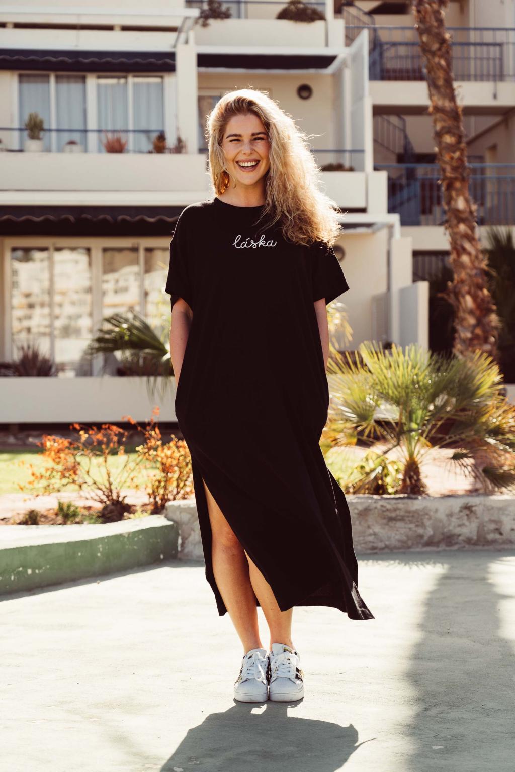 Dlouhé černé trikošaty Láska