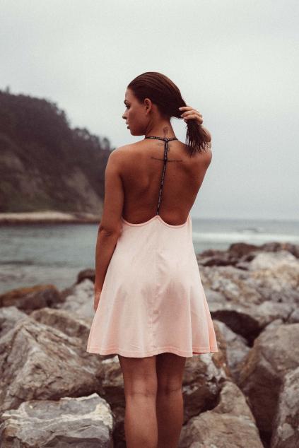 Krátké šaty Peach
