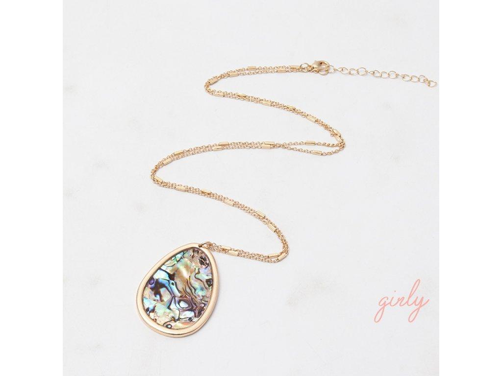 Zlatý náhrdelník s farebným príveskom