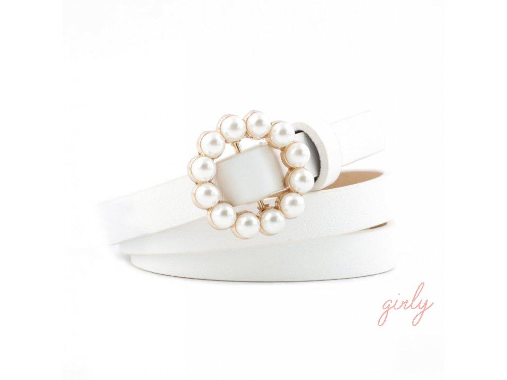 Biely opasok s elegantnou prackou
