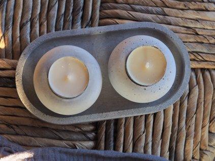 Svícen na čajovou svíčku