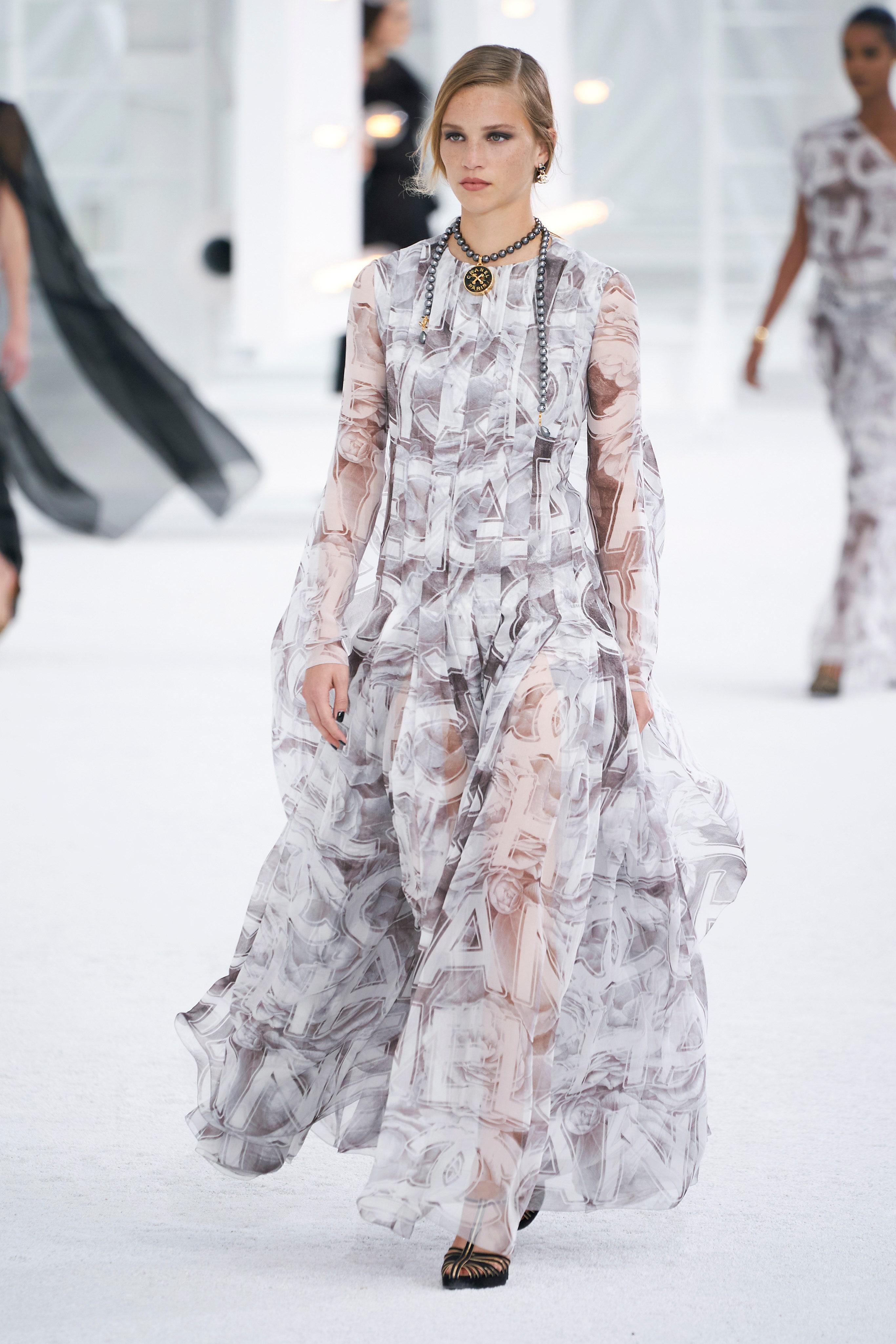 modni-kolekce-channel-ready-to-wear-2021-spring-summer-11