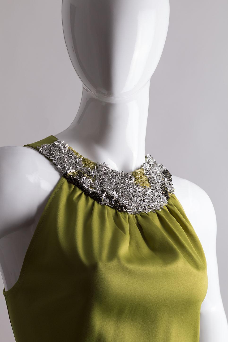 spolecenske-odevy-na-svatbu-glamor