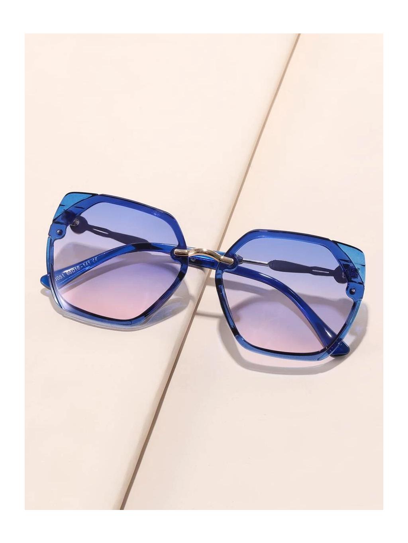 kralovske modre sestiuhelnikove bryle