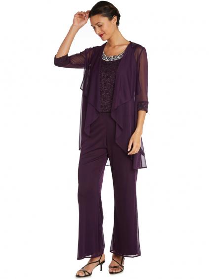 damske kostymy fialove pro plnsotihle stihle svatebni matky hoste na ples do divadla promoce