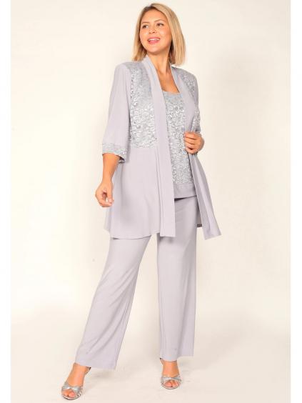 stribrny sedy kostym kalhotovy s krajkou