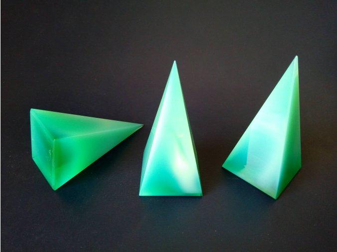Pyramid 35x35x73