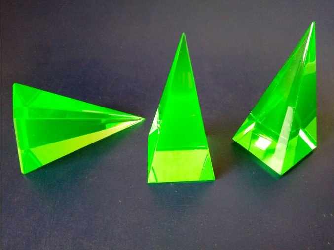 Pyramid 35x35x73  Green No.5080