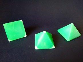 Pyramid 35x35x30 Green alabaster No.5201