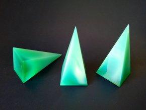 Pyramid 35x35x73 Green opal No.6110