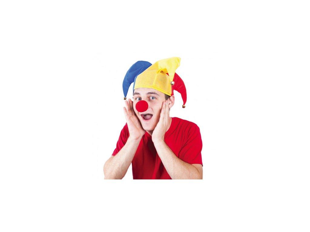 Čepice a nos klauna