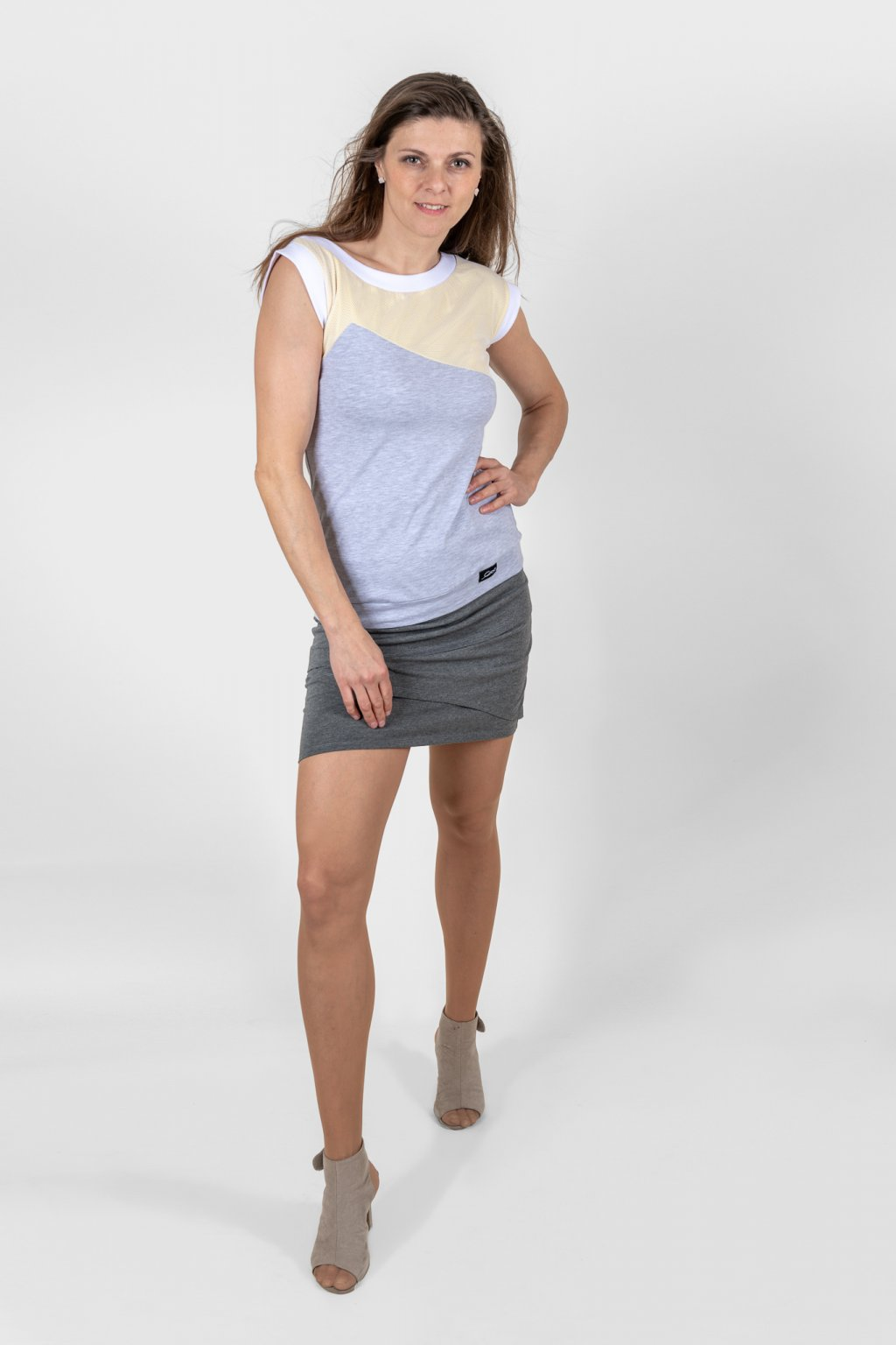 Dámské triko Vendy grey šedo žluté asymetrické z bavlny Goci
