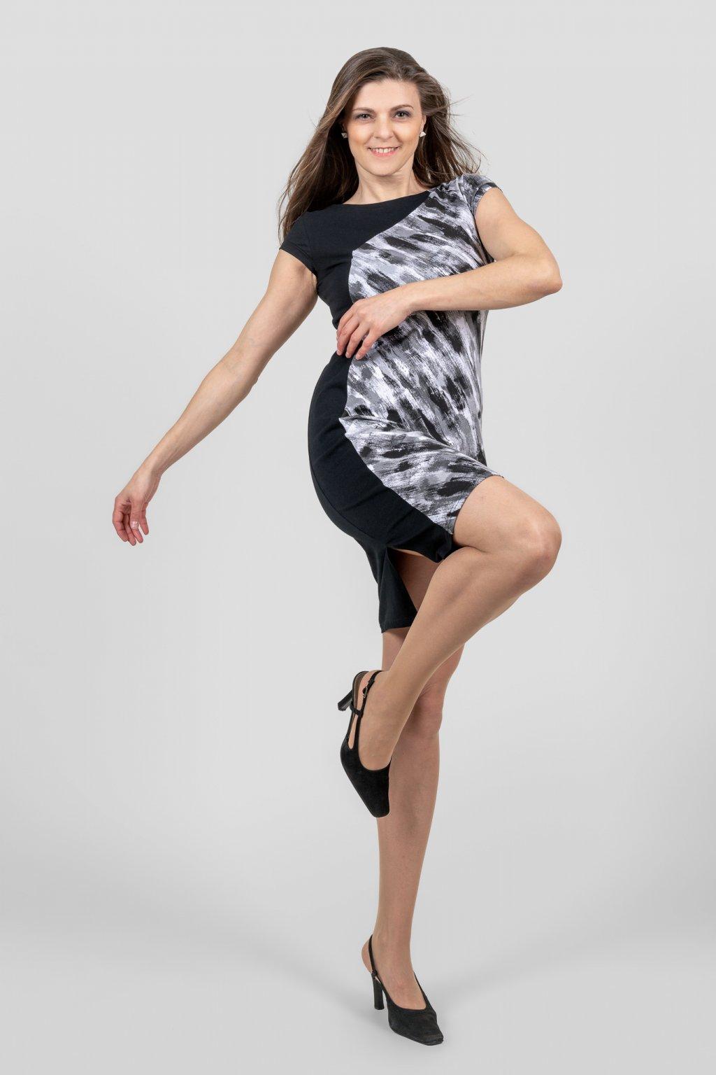 Dámské šaty siluet černo šedé s rozparkem Goci