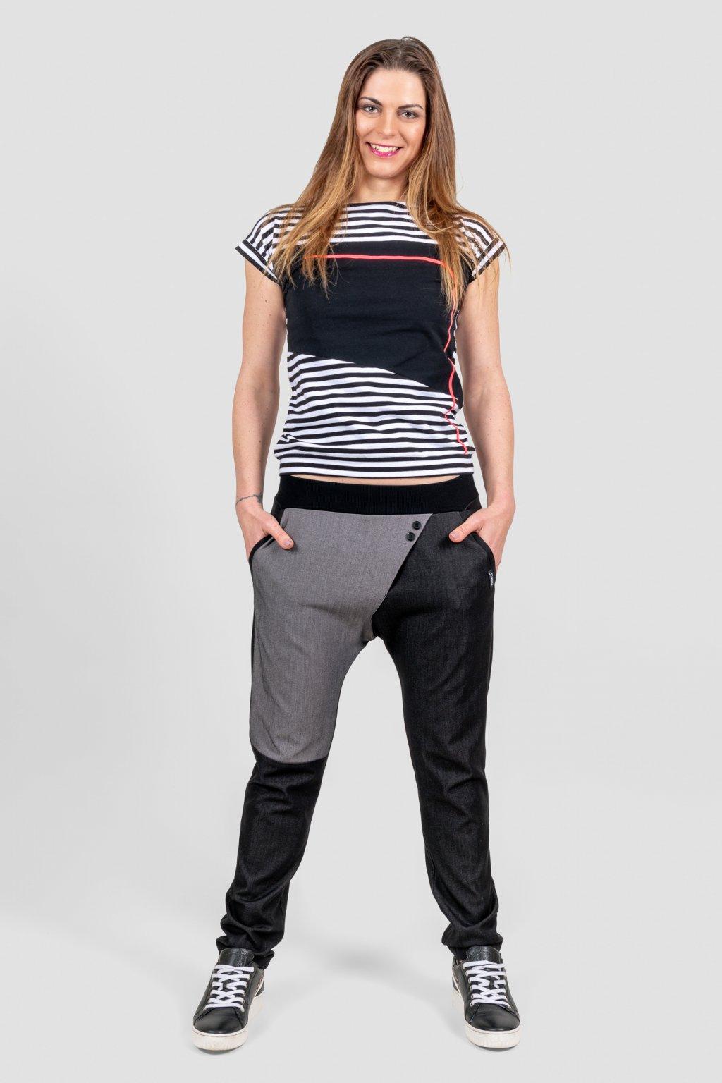 Dámské kalhoty long casual černo šedé sníený sed s kapsami a dámské triko tina striped bílo černé pruhované Goci