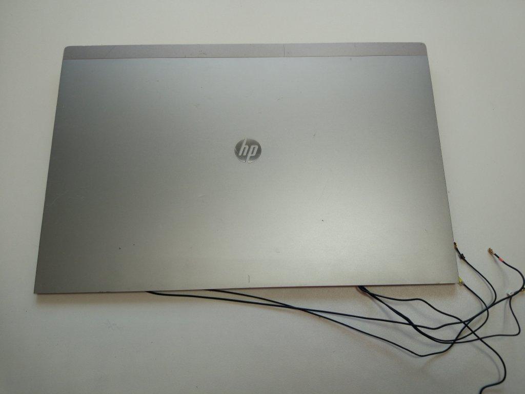 HP 8460p víko displeje