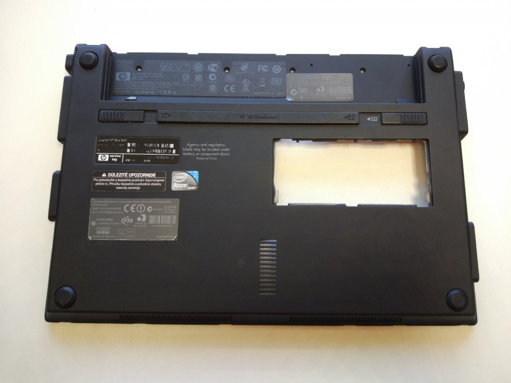 HP Mini 5101 spodní vana