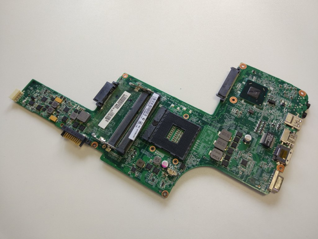 Toshiba Tecra L730 základní deska Intel DDR 3