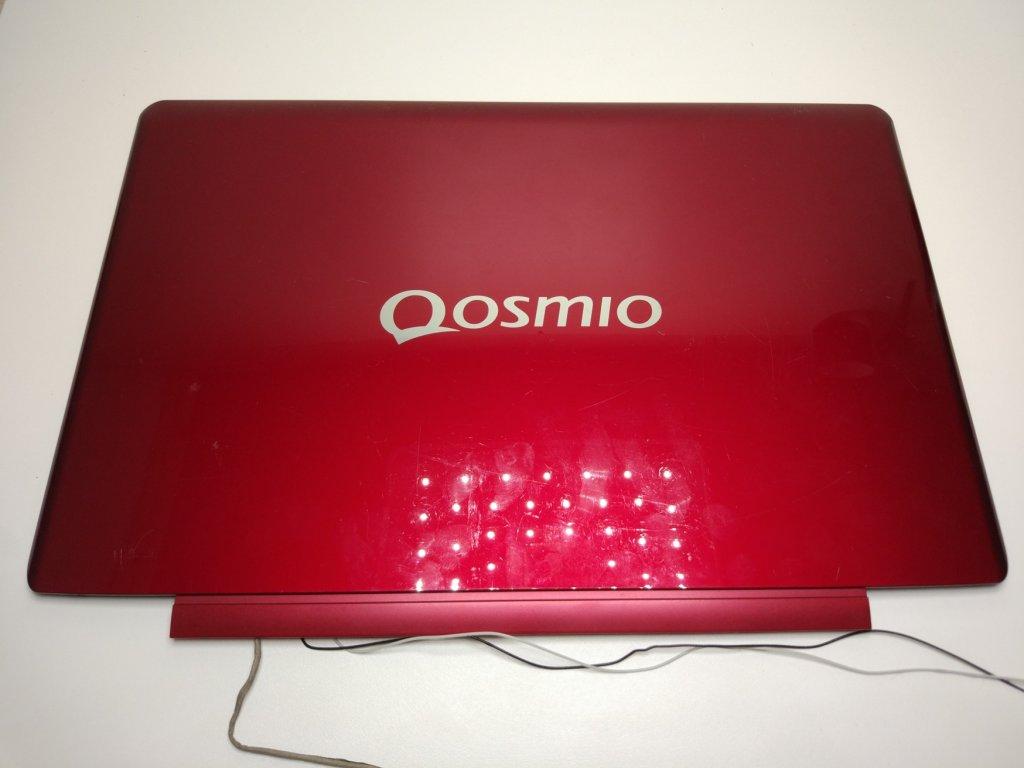 Toshiba Qosmio F60 víko displeje