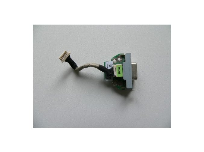 Toshiba Satellite T130 - D-SUB (VGA) konektor