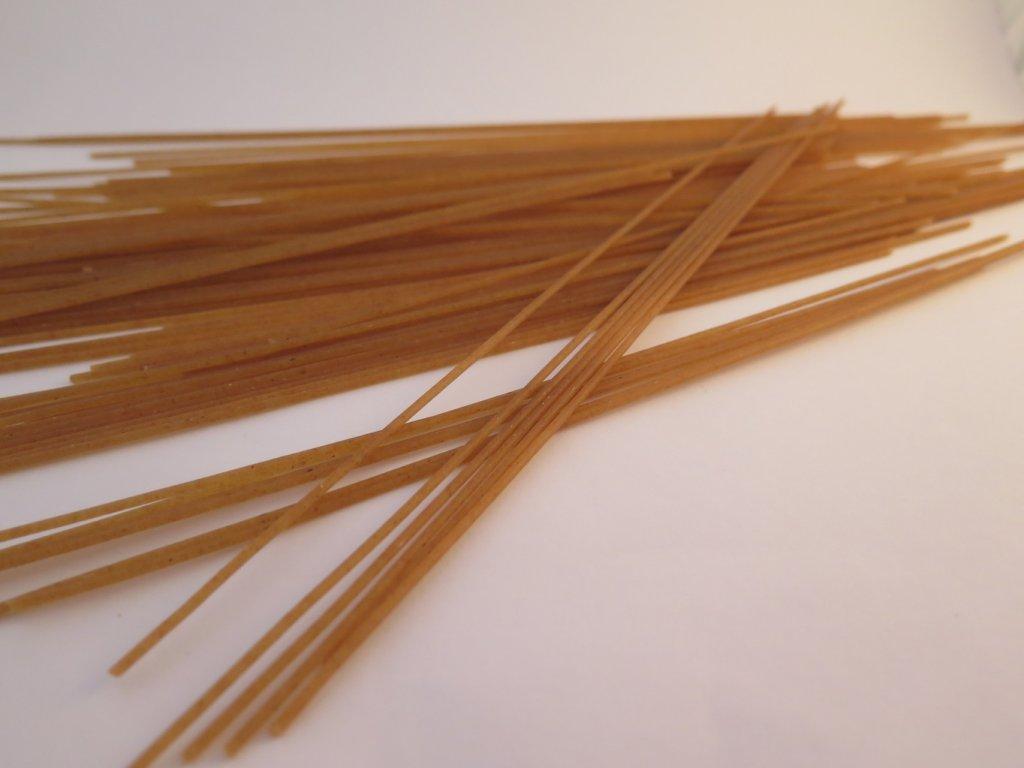 Špagety pšeničné celozrnné (B)