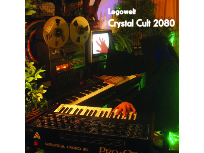 Legowelt – Crystal Cult 2080