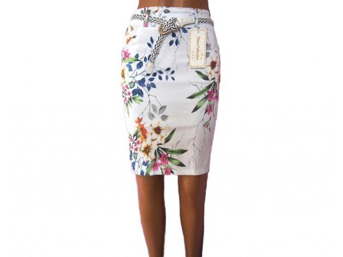 Krátká sukně s páskem