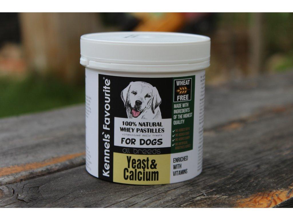 Vitamíny pro psy Kennels' Favourite s vápníkem 135 g