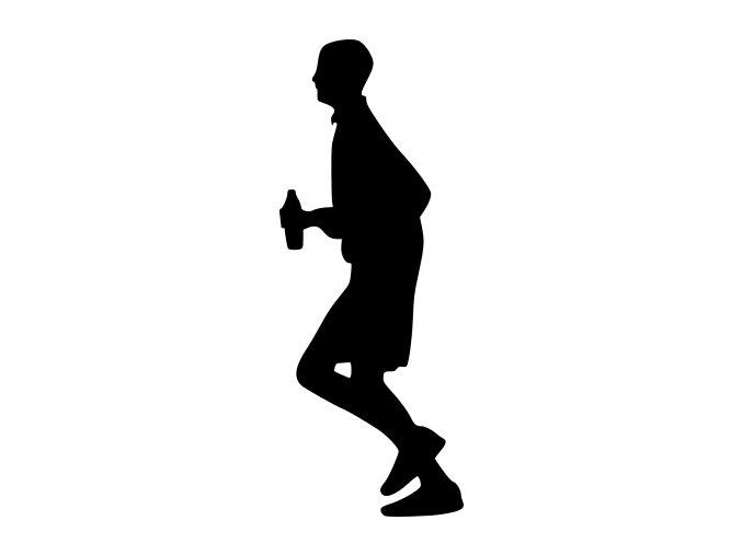 Běžec s pitím vody