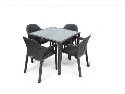 Sestava 4+1 (čtyři židle a malý stůl)