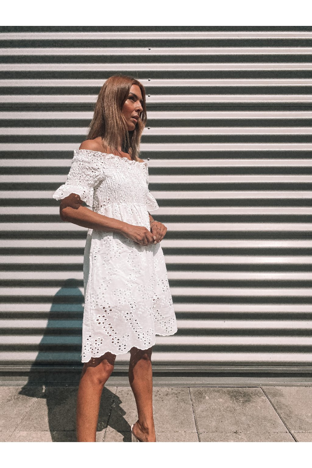 MADEIRA ŠATY OFF SHOULDERS - WHITE