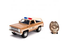 stranger things model auta hoppers chevy blazer