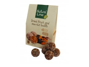 dried fruit and raw nut balls 01