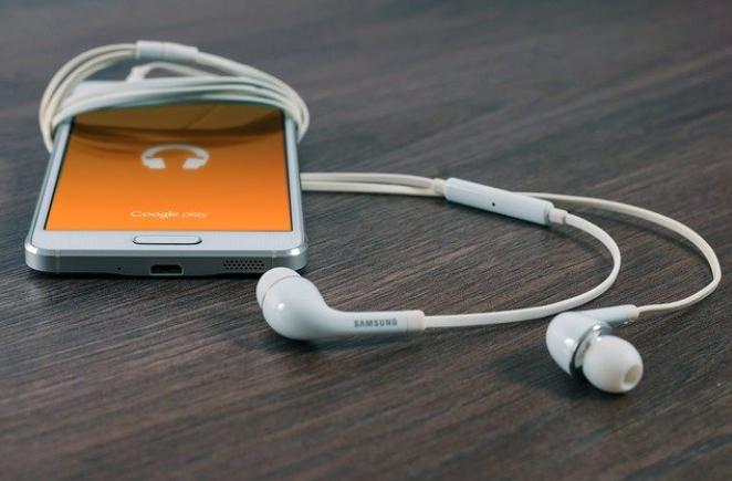 Kedy a ako vymeniť batériu u telefónov Samsung S6 a S6 Edge