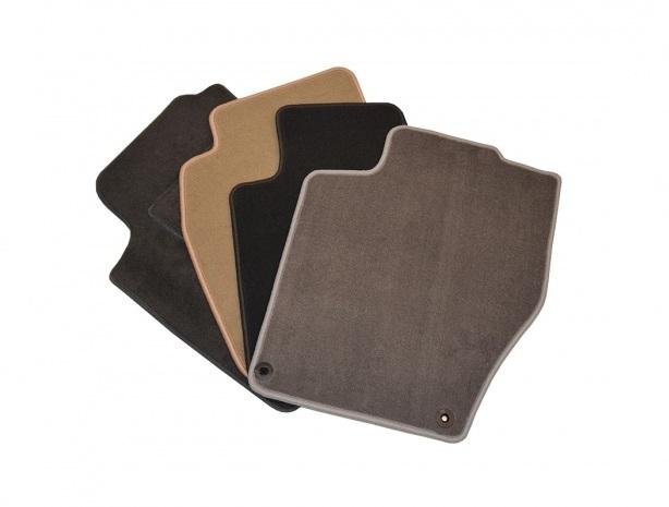 AZ Auto Design Textilní koberce Nissan QASHQAI 2014- Materiál 1: Klasik černý
