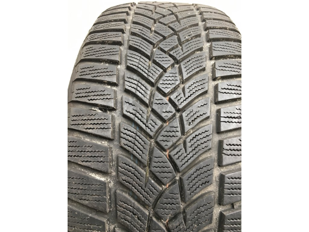 Goodyear Ultragrip 9 225/55 R17 101V