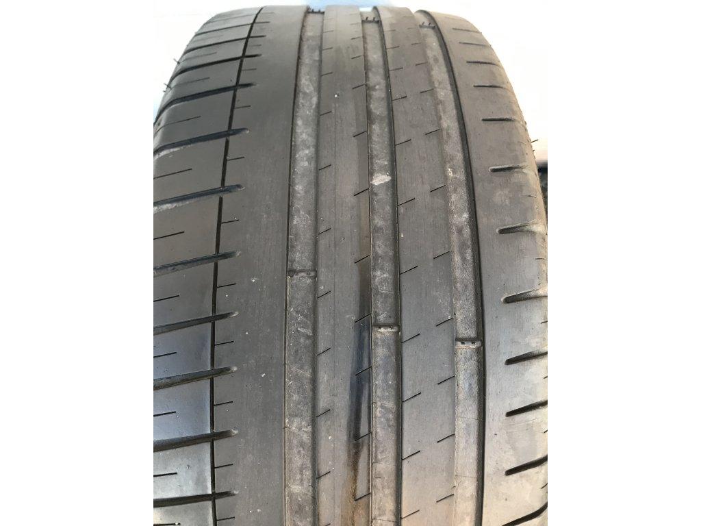 Michelin Pilot Sport 3 225/40 R18 82W