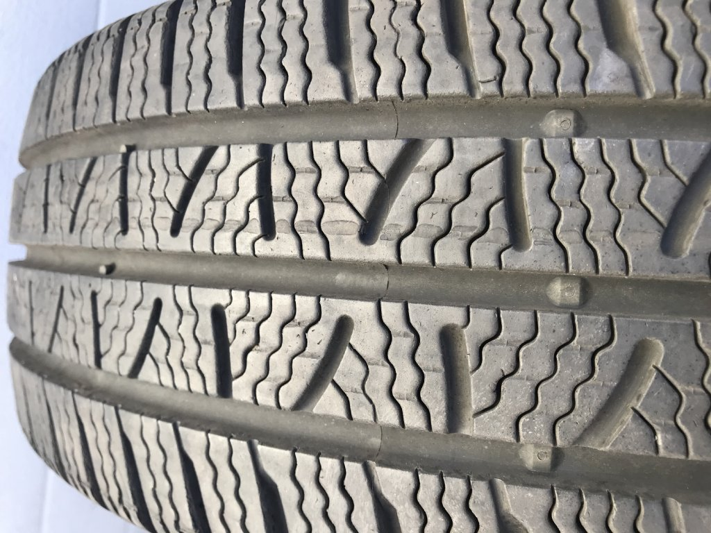 Pirelli Carrier Winter 215/60 R16C 103/101T