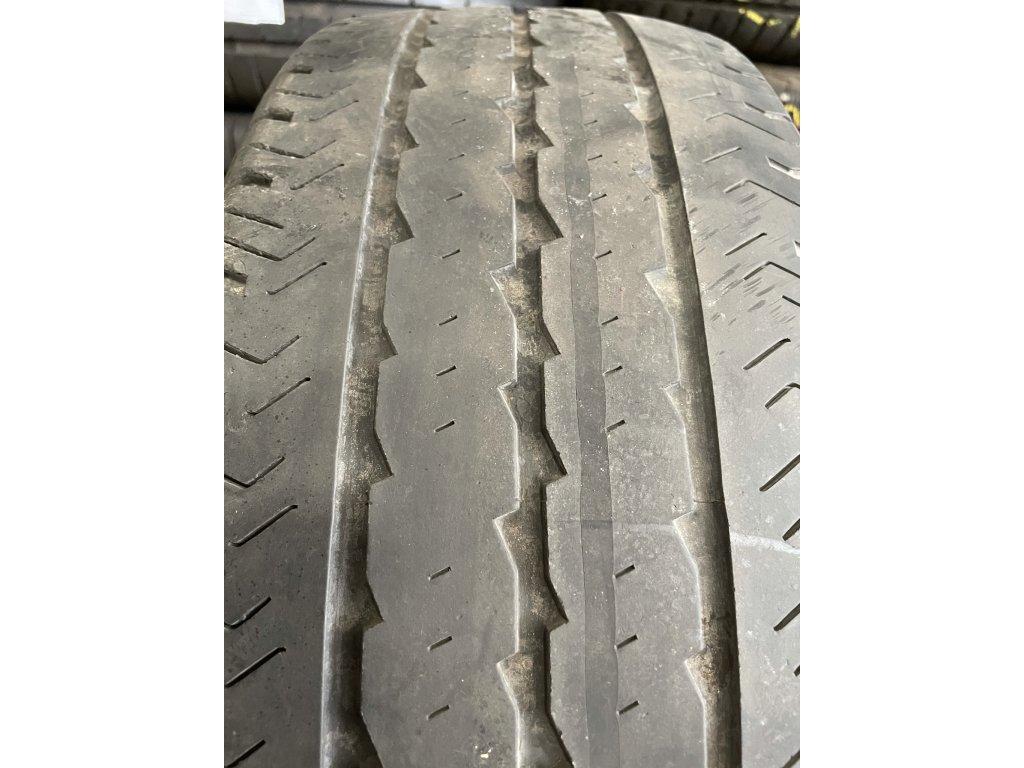 Pirelli Chrono 215/70 R15C