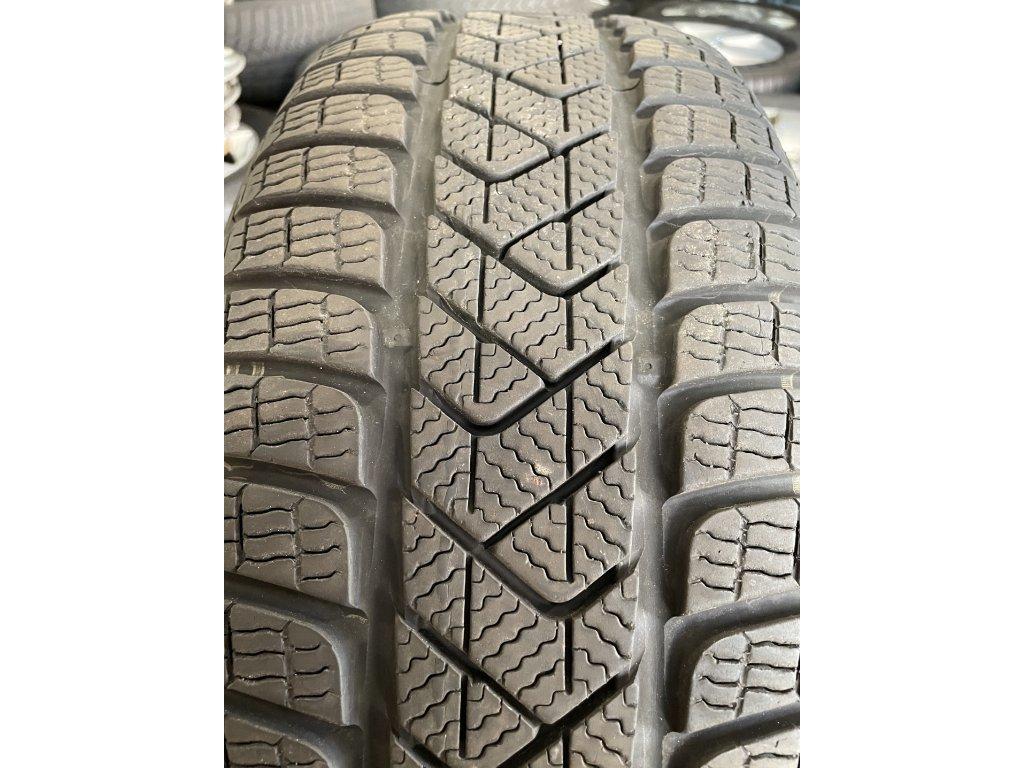 Pirelli Sottozero 3 215/60 R16 95H