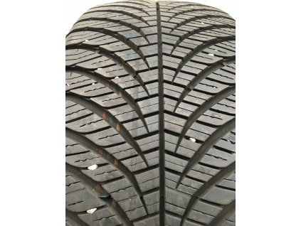 Goodyear 4-Seosons Vector 205/55 R16 94V
