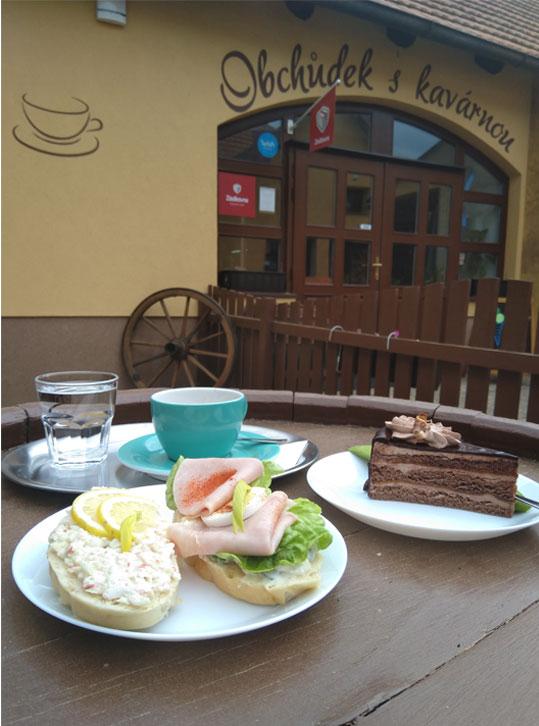 Vydejni-misto-Gurmeteka-obchůdek-a-kavárna