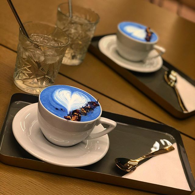 Divinero_blue coffee