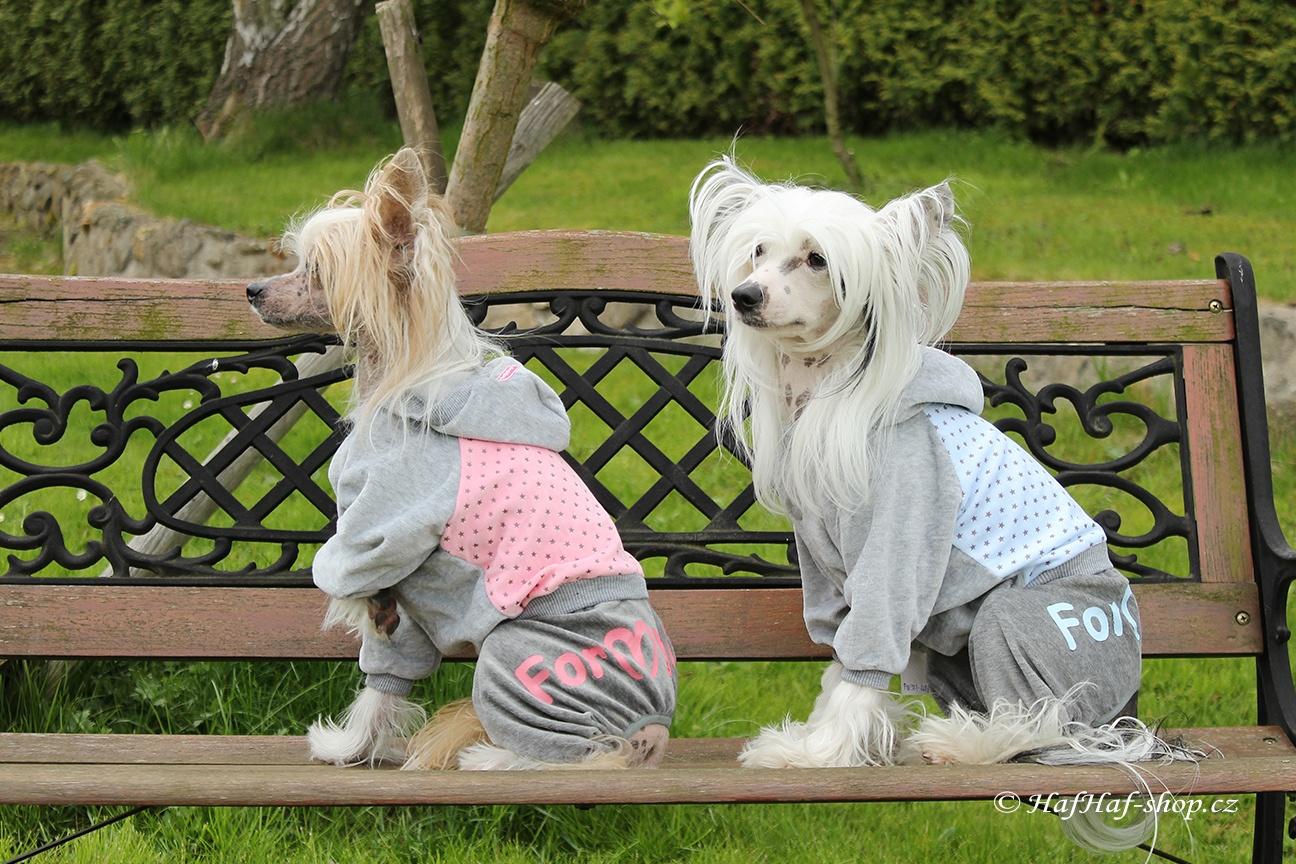 Oblečky pro psy – Velurový overal s hvězdami