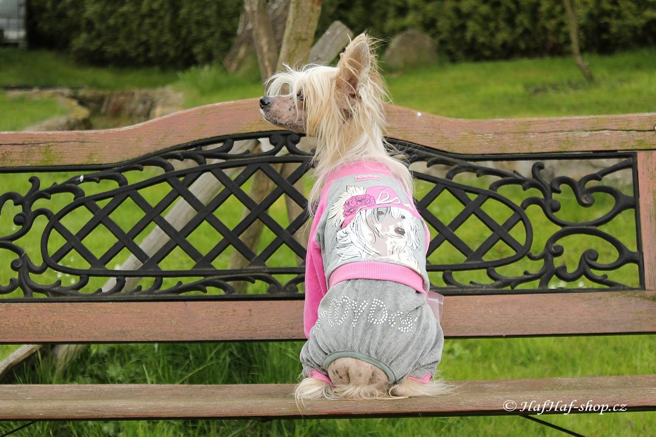 Oblečky pro psy – Velurový overal pro psy a fenky, růžový
