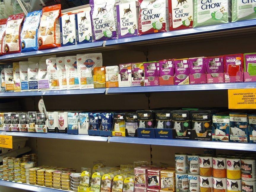 Kamenná prodejna Hafhaf-shop.cz – granule, konzervy a kapsičky pro kočky