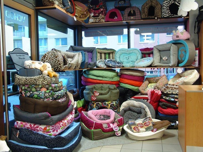 Kamenná prodejna Hafhaf-shop.cz – pelíšky pro psy i kočky
