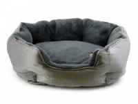 """Unikátní oboustranný pelíšek pro psy s funkcní """"Thermo switch"""" – z jedné strany hřející, vykládaný kožešinou, z druhé chladivý. Barva stříbrno-šedá. (5)"""